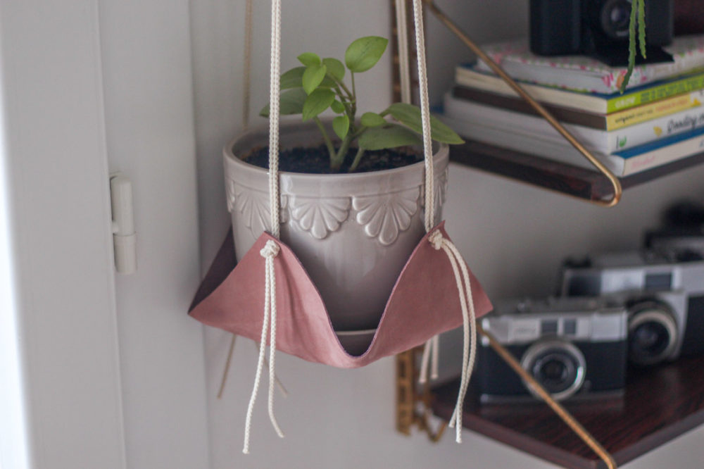 Tutoriel diy suspension plante en cuir et macramé