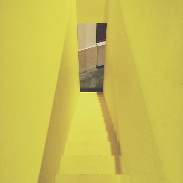 Yellow stairs #koning104